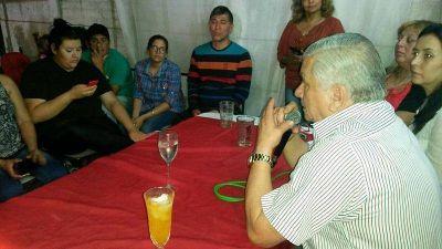 Infante se reuni� con vecinos del Santa Luc�a para analizar nuevas mejoras para el sector