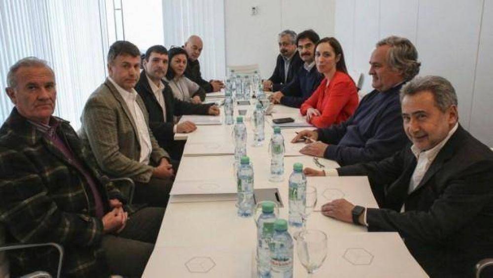 Vidal se reunió con gremios y empresarios del Puerto