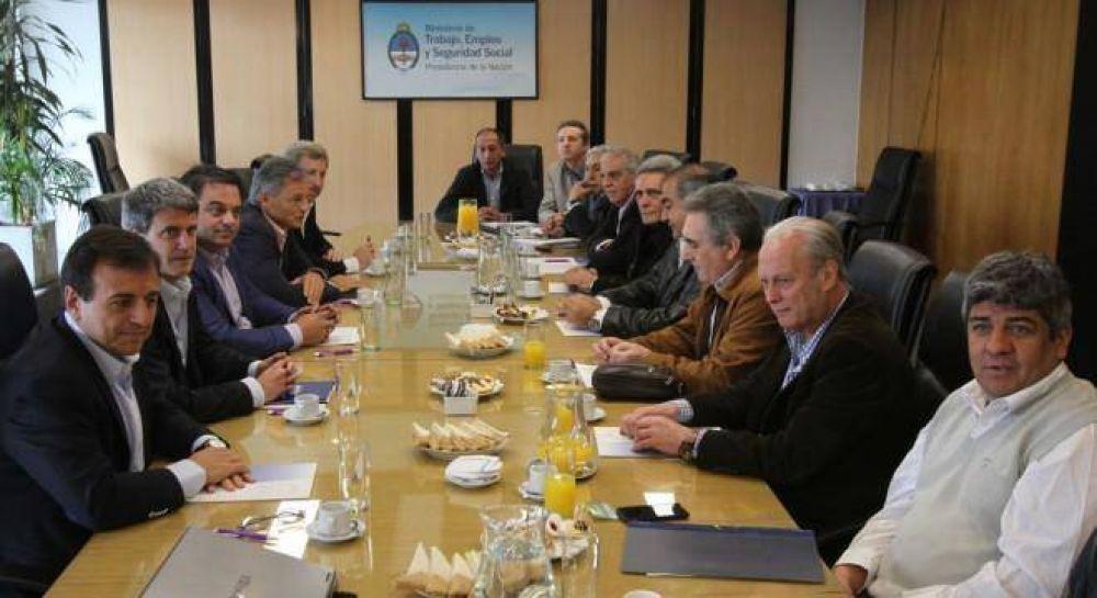 Qué hay detrás de la tregua entre el Gobierno y la CGT