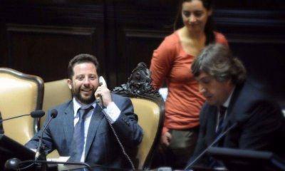 Ottavis quiere prohibir que los ministros llamen a programas de TV con celulares oficiales