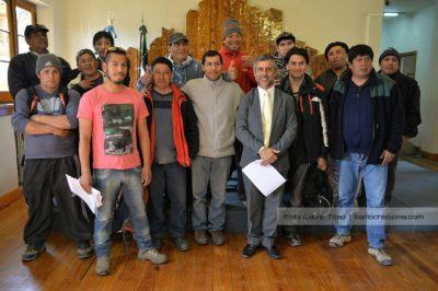 Municipio reconoció a trabajadores de la UOCRA