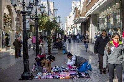 En Salta, Orán y Tartagal hay más de 2 mil vendedores ilegales