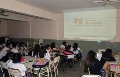 Por el crecimiento de los casos de HIV en Salta, el Gobierno busca fortalecer la educación sexual