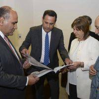 Presentan el proyecto de la base de Gendarmer�a