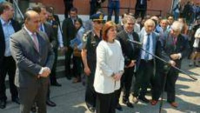 Manzur le presentó el proyecto de la base de Gendarmería a Bullrich