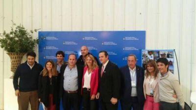 Finalmente se firm� el esperado convenio millonario para la urbanizaci�n de La Movediza