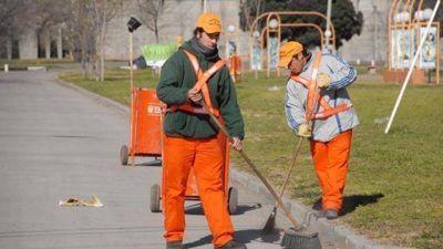 Internos del penal limpiarán espacios verdes de la ciudad