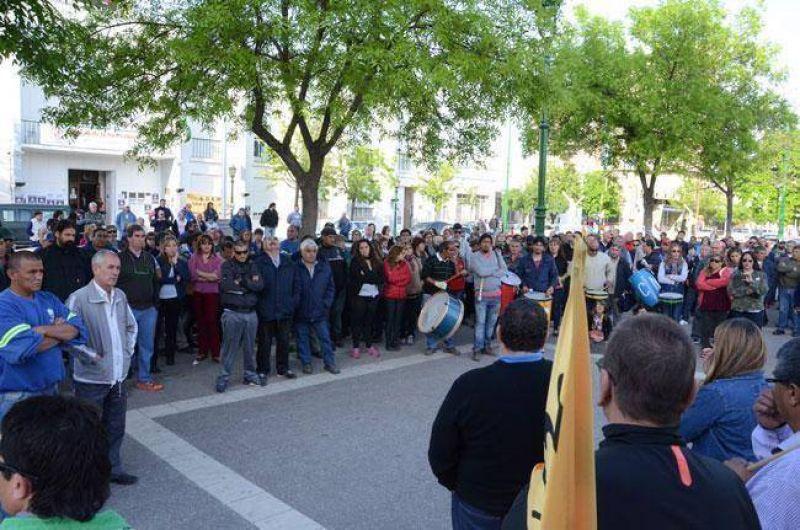 Conflicto municipal: hay reunión entre funcionarios y los gremios