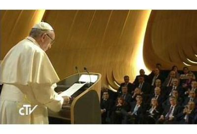 Que Azerbaiyán continúe por el camino de colaboración entre distintas culturas y confesiones religiosas, el Papa a las autoridades