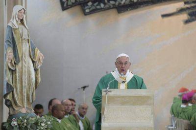 """El Papa en Azerbaiyán: """"La fe no es una fuerza mágica que baja del cielo"""""""