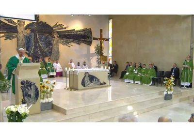 """El Papa en el Ángelus: """"Fieles de Azerbaiyán, con alegría den testimonio de la fe, la esperanza y la caridad"""""""
