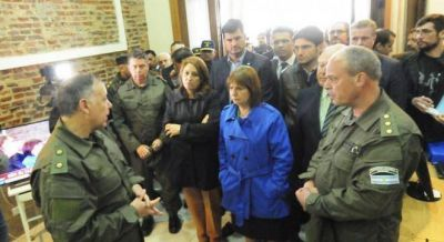 Denuncian que Naci�n s�lo envi� 220 gendarmes a Rosario