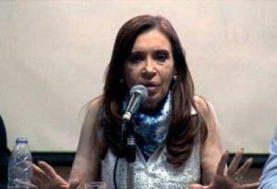 Cristina suma radicales al Frente Ciudadano