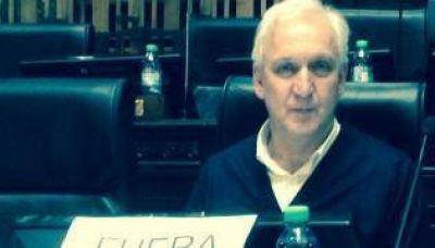 Gabriel Fuks repudi� la visita de Michel Temer