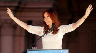 Pese a algunas encuestas que la muestran arriba, �CFK tiene decidido no jugar?