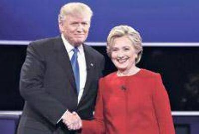 Hillary vuelve a ver una luz de ventaja