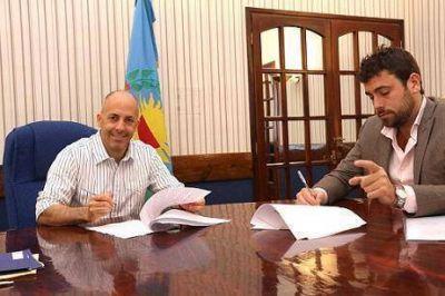 Ducot� y Delfino firmaron acuerdo para mejorar la atenci�n al vecino