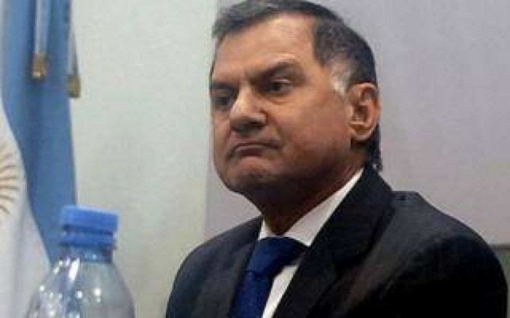 Florencio Varela: Julio Pereyra se triplicó el sueldo por decreto