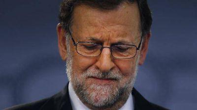 El PSOE debate qué hacer con Rajoy