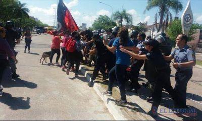 Protesta social terminó con detenidos y heridos