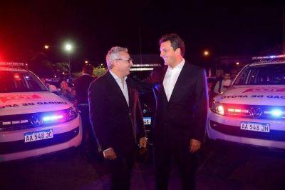 Julio Zamora y Sergio Massa presentaron nuevos móviles de seguridad en Tigre