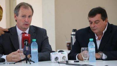 El intendente de Col�n apoya vender madera a Uruguay