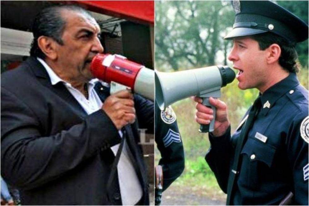 Romero confesó que a la idea del megáfono la sacó de Locademia de Policía