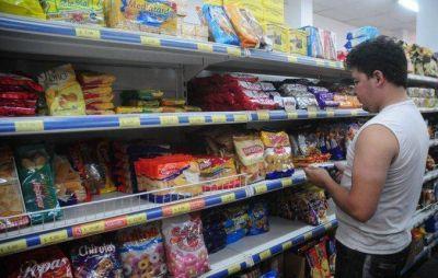 Por la crisis cambi� el consumo: del deme dos en 12 cuotas al 2 por 1 de segunda marca Cambios en los h�bitos de consumo - DyN