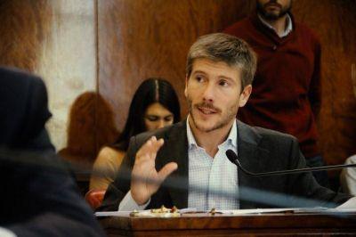Bonifatti:�M�s vuelos y la recuperaci�n del tren ayudan a Mar del Plata�