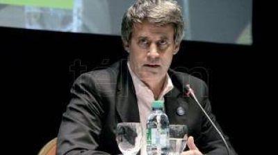Prat Gay viaja a la Asamblea Anual del FMI