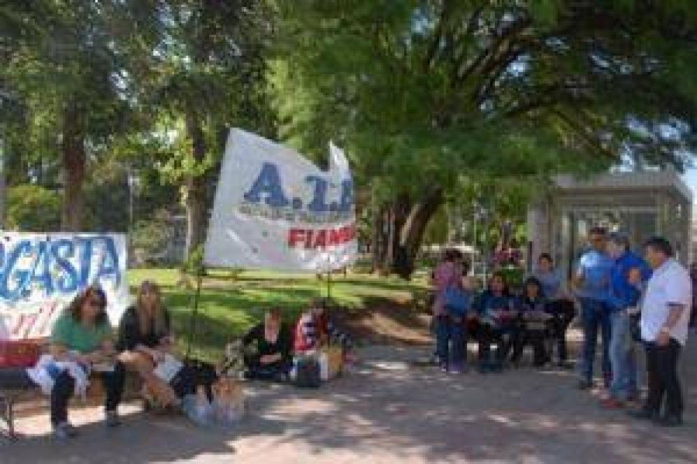 Tibia protesta de ATECA en el primer día de paro