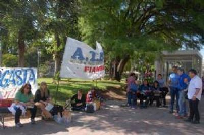 Tibia protesta de ATECA en el primer d�a de paro
