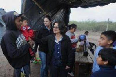 La Gobernadora recorrió las zonas afectadas
