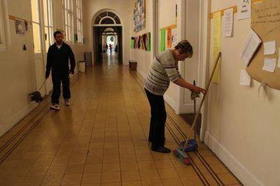 El reclamo salarial volvió a paralizar a la Universidad