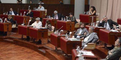 El Gobierno provincial pide $ 4.300 millones más de presupuesto para poder pagar salarios