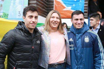 """Los Vaporaki llegaron a Ushuaia y los declararon """"Personalidades Destacadas del Deporte"""""""