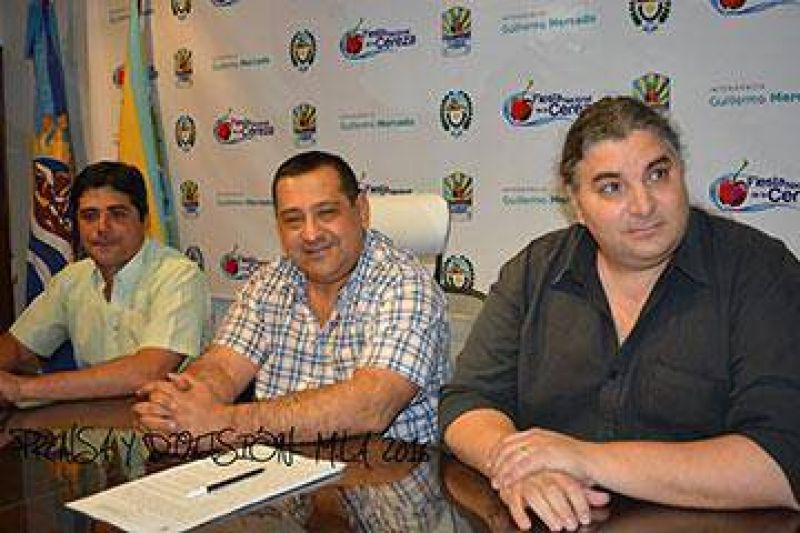 Se firmó acta acuerdo entre el Municipio y el gremio ATE