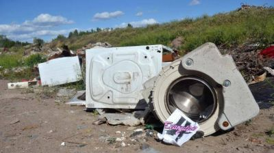 Hacen otro basurero para TV, heladeras y lavarropas en desuso