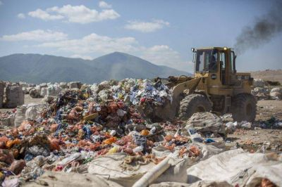 La Justicia ya interviene en la denuncia por contaminaci�n en el vertedero San Javier