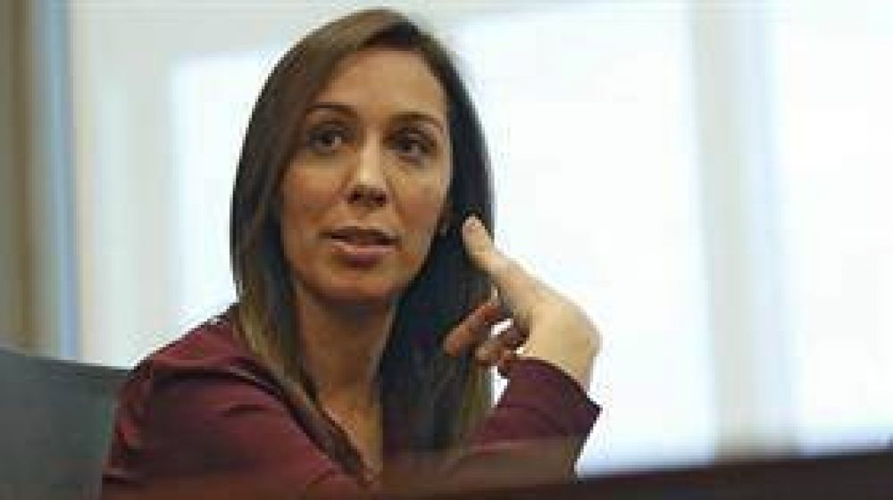 Cautelosa, Vidal evitó definiciones sobre el bono de fin de año
