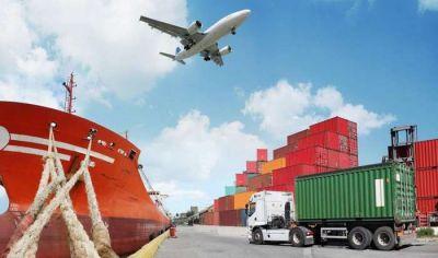 Los operadores logísticos registran una caída en el consumo masivo