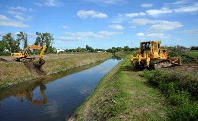 Un fallo obliga al Estado a precisar cuánta lluvia soportaría La Plata con las obras hidráulicas en marcha
