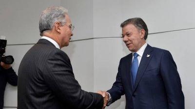 Colombia: Uribe le exige a Santos que cambie todo el acuerdo de paz