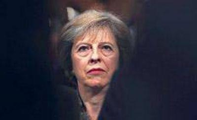 Theresa May pega un giro aislacionista