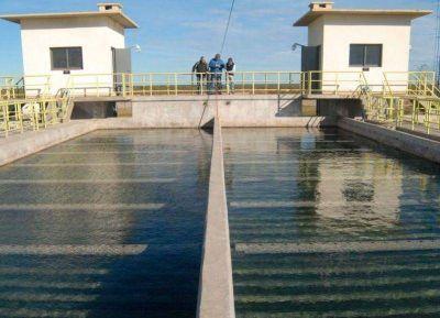 Acueductos desde el R�o: �nica soluci�n al problema de agua salada en La Plata