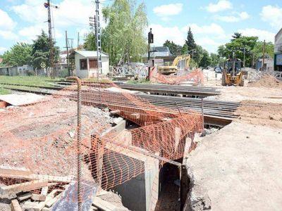 Gesti�n municipal para finalizar dos pasos bajov�as
