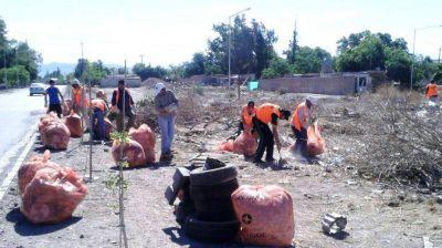 Capital: Limpiar�n 25 bald�os privados y multar�n a los que arrojen basura