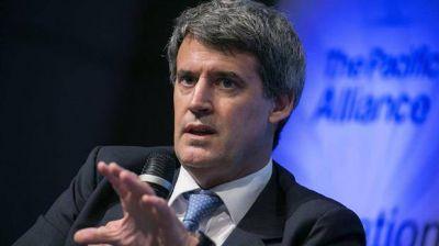 Prat-Gay dijo que será público el informe del FMI sobre la Argentina