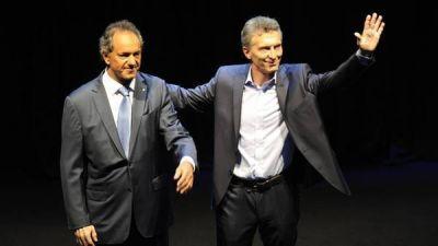 En plena complicación judicial, Scioli visitó en secreto a Macri en Olivos