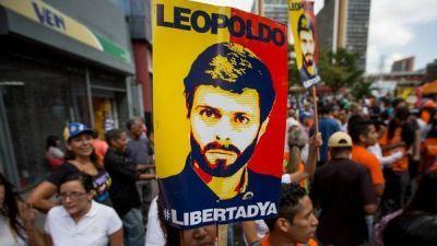 Maduro amenaza ahora con acusar a Leopoldo López de homicidio